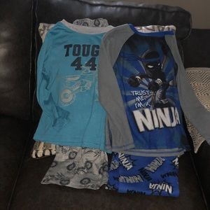 Little boys lot of 2 size 6 pajamas bundle